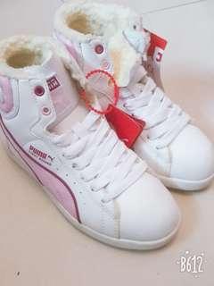PUMA女童高筒波鞋 (EUR 32/ 19cm)