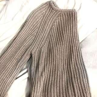 Pull & Bear brown knitted sweater