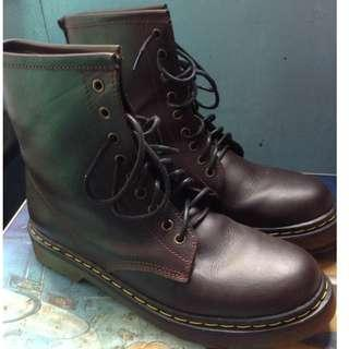 Pre-loved boots (unisex)