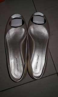 Sepatu Gold Prima Classe