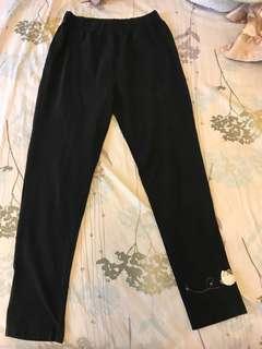 🚚 黑色卡拉貓長褲CARA