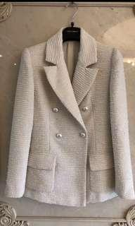 NA CHANEL 19C BEIGE JACKET CRUISE COLLECTION