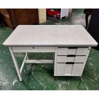 東鼎二手家具 3.5尺四抽辦公鐵桌*辦公桌*書桌*事務桌*工作桌*電腦桌*矮桌*會計桌*書桌*OA桌*鐵桌
