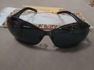 100% Authentic New BONIA Leather sunglass