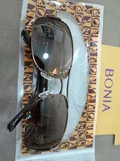 🚚 100% Authentic New BONIA classy sunglass