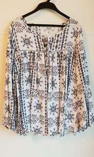 🚚 花紋寬鬆休閒衫