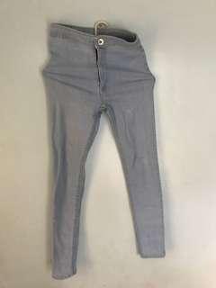 Light blue highwaisted jeans