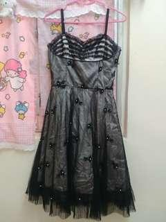 BCBG黑色蕾絲傘裙