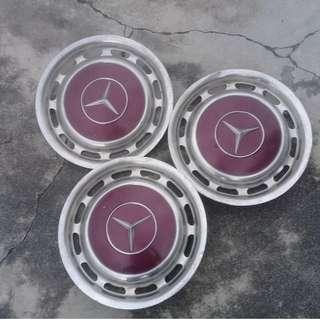 Mercedes benz W123 Hupcap