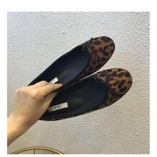 豹紋圓頭平底鞋/版型偏小