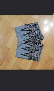 Anna Sui Embroidered Shorts Sz 6
