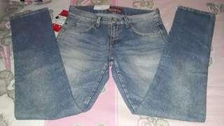 Celana jeans size 30 new with tag