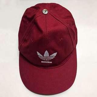 huge selection of 7193b 235e8 Red Adidas Logo Cap