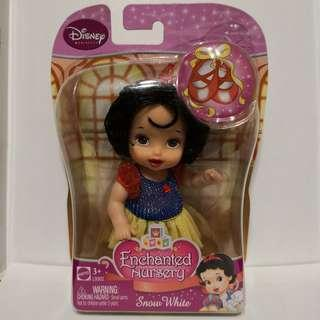 迪士尼魔雪奇緣白雪公主公仔Disney Enchanted Nursery Snow White Doll