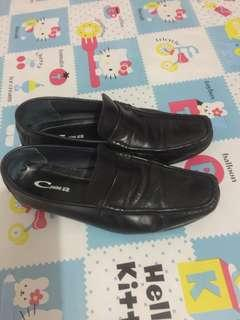 C point office shoes