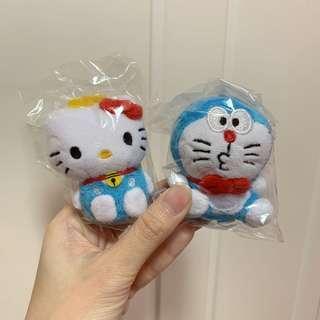 Hello Kitty X 多啦A夢 公仔匙扣一對