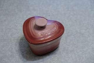 Le Creuset 粉红色 心型甜品碗 small heart shaped ramekid with lid