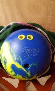 9lb DW Colimbia 300 bowling ball