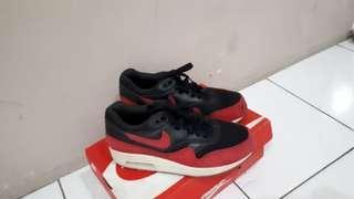 Nike Womens Air Max 1 Essential