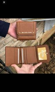 Michael Kors Hayes Trifold coin case