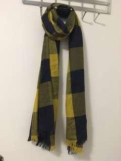 BNWOT Black, navy and yellow checked scarf