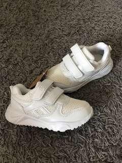 BN PRIMARY ONE school shoes