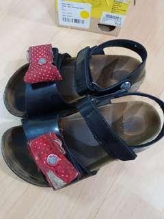 Preloved kid birkis girl shoes