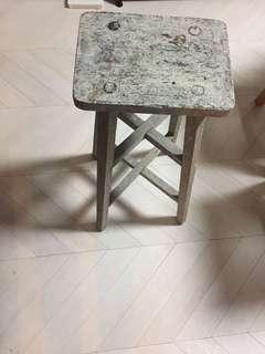 Rustic wooden stool / chair