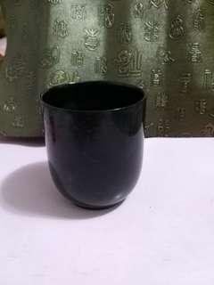 碧玉杯,一隻$800,,一對$1500,三隻$2000