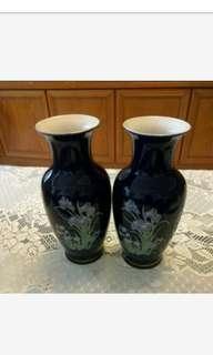 🚚 全新的商品福田窯花瓶2隻特價出清
