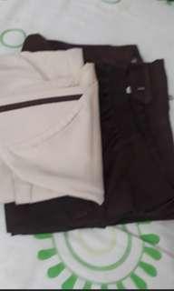 GRATIS! Celana Pramuka +kerudung. kondisi masih bagus