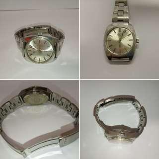戴錶戴樂都時間啱啱好OCTO樂都手上錬鋼帶錶