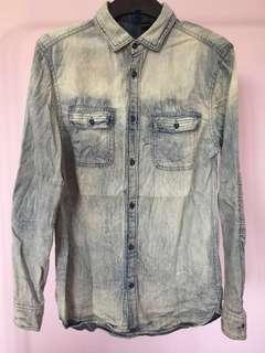 #BlackFriday100 H&M Light Blue Acid Wash Denim Shirt