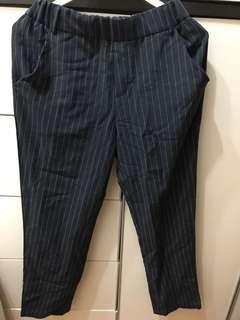 有牌子 深藍色彈性直條褲