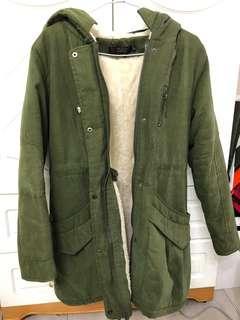 🚚 墨綠色挺版軍外套