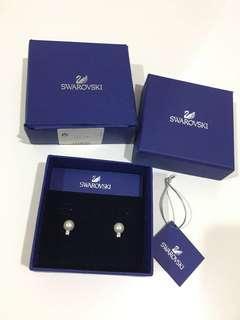 Swarovski Earrings (pearl crystal)