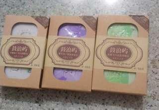 <鼓浪嶼> 保濕 美白 袪黃 肥皂 - 牛奶布丁, 紫草布丁, 檸檬  soap