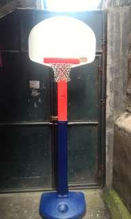 Little tikes bsketball ring for kids