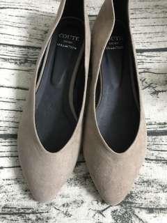 🚚 正韓 粉膚色尖頭平底鞋24.5(版偏小,適24)
