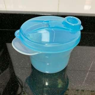 BN Philip Avent milk powder container