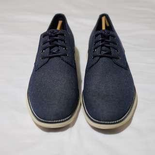 Cole Haan Tanner Plain Toe Oxford Size: 9
