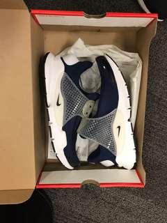 Nike Air Max USA 8.5, Men's Fashion, Men's Footwear on Carousell