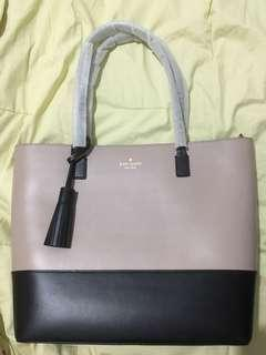 AUTHENTIC KATE SPADE KARLA TOTE BAG *NEGOTIABLE*