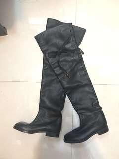 Chole leather boots
