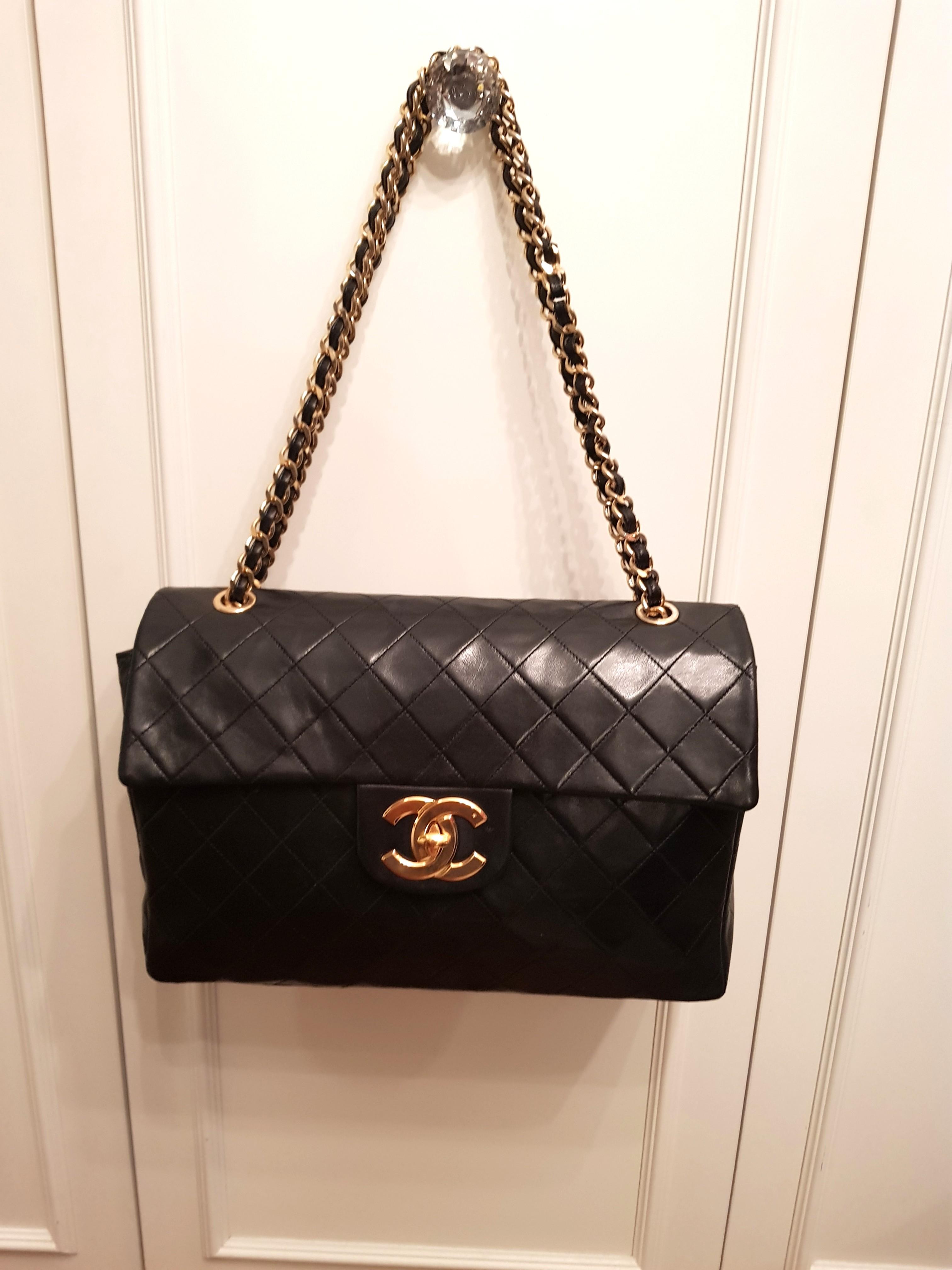 b444d89e61bd Authentic Vintage Chanel Jumbo bag