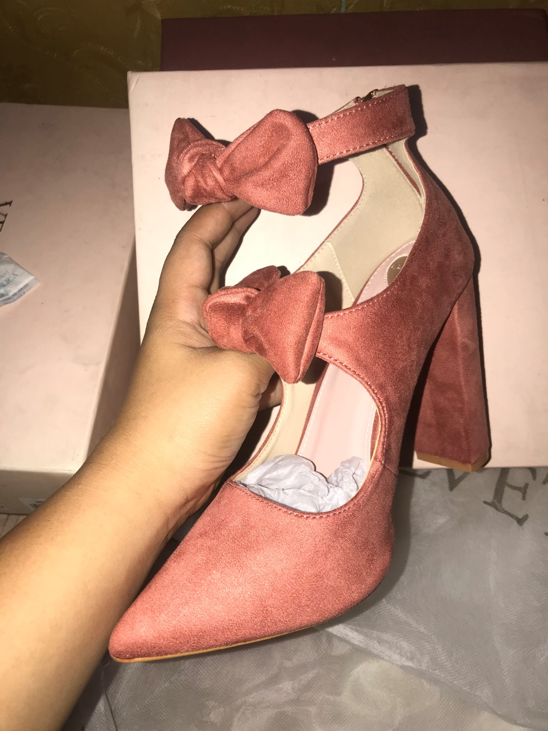 87db840b72 Brand new shoes from zalora (double bow detail block heels), Women's Fashion,  Shoes on Carousell