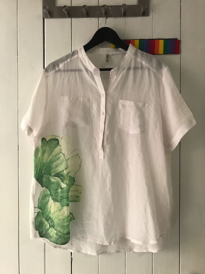 53cdc8d23 Brand New**** White Linen Voile Short Sleeved Blouse with 2 Pockets ...