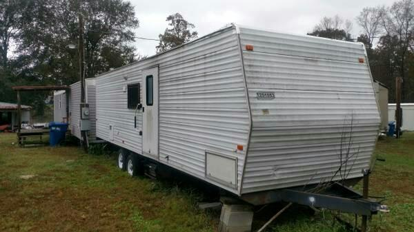 2005 FLEETWOOD FEMA Trailer