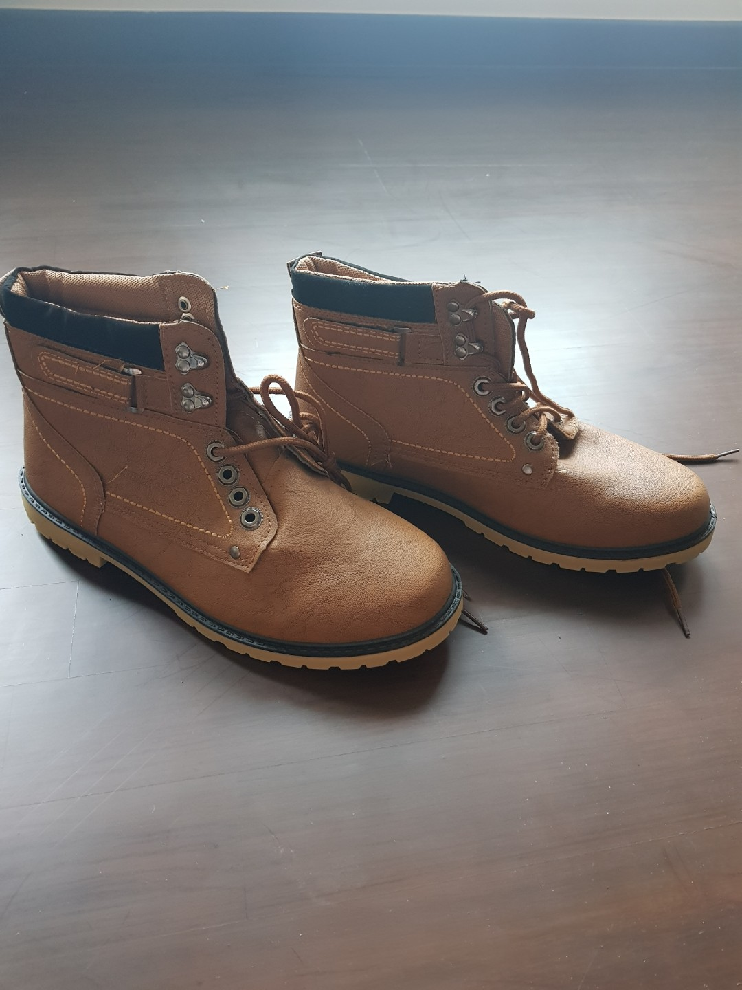 detailed look b587f 62069 Mans boots (size 43) Brand new