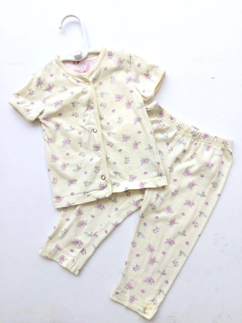 698876e4 Mothercare Baby Girl Pyjamas 9-12 months